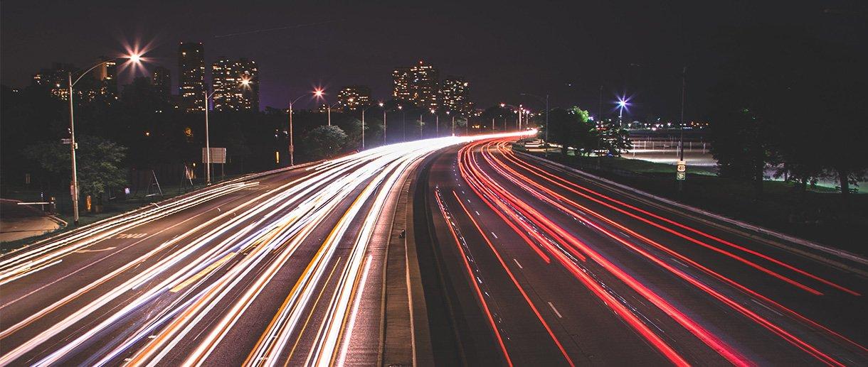 traffic-AqgmUPBEHKg